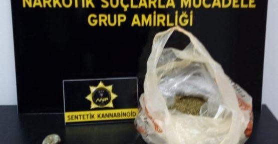 336 gram bonzai  3 kişiyi tutuklattı