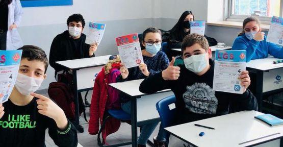 8.sınıf öğrencileri  sınavda ter döktü