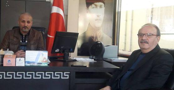 Bayrağımıza ve Atatürk'e sahip çıkmamak  kendimizi inkar etmektir