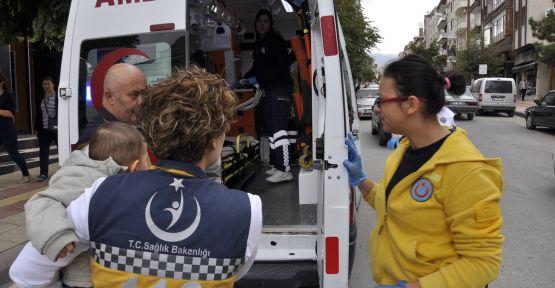 elektrikli bisiklet devrildi: 3 yaralı