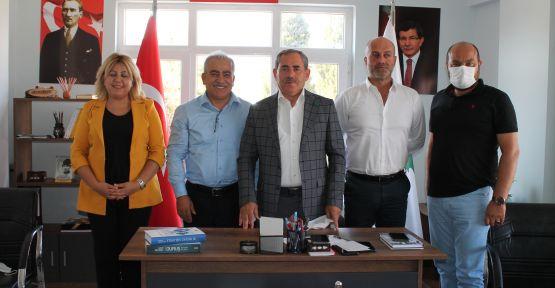 HALK, DEMOKRASİYE DAVET EDİLDİ