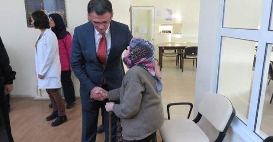 İlçe Kaymakamı Dr. Ozan BALCI, Huzurevini ziyaret etti.