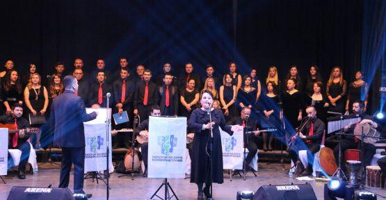 MERZİFON TÜRKÜ'YE DOYDU
