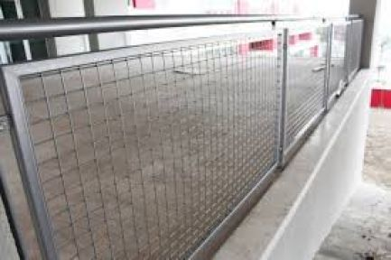 Panel çit ve korkuluk yaptırılacak