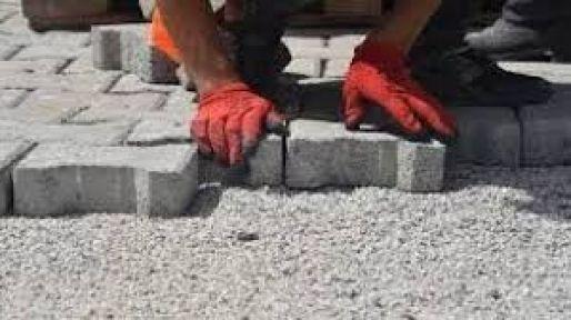 Taş duvar ve parke taşı yol yaptırılacak