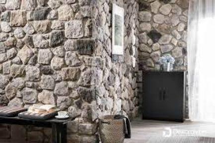 Taş duvar ve pere kaplama yaptırılacak