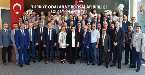 KARADENİZ BÖLGE TOPLANTISINDA MERZİFON'U TEMSİL ETTİLER